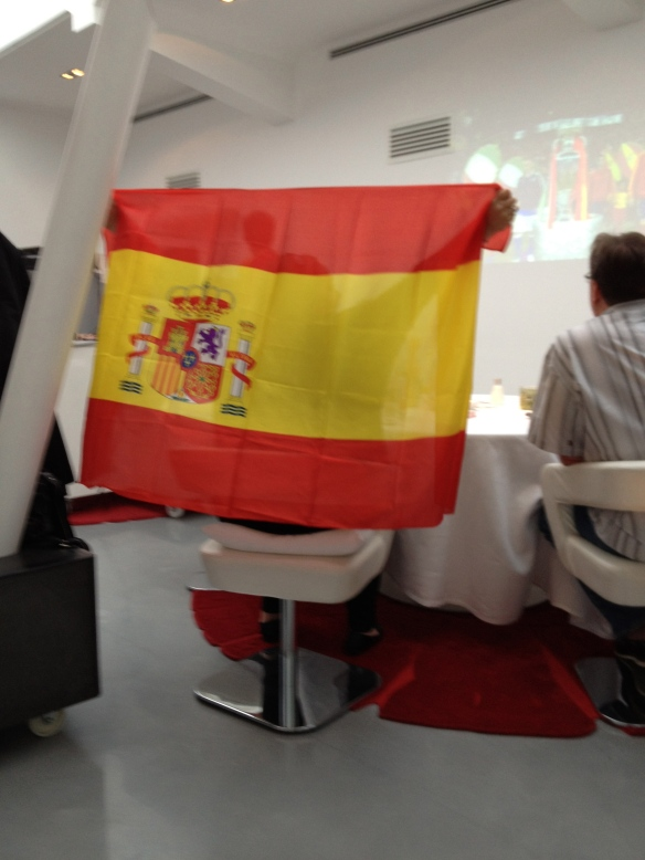 Spanish flags aplenty in the Amador dining room